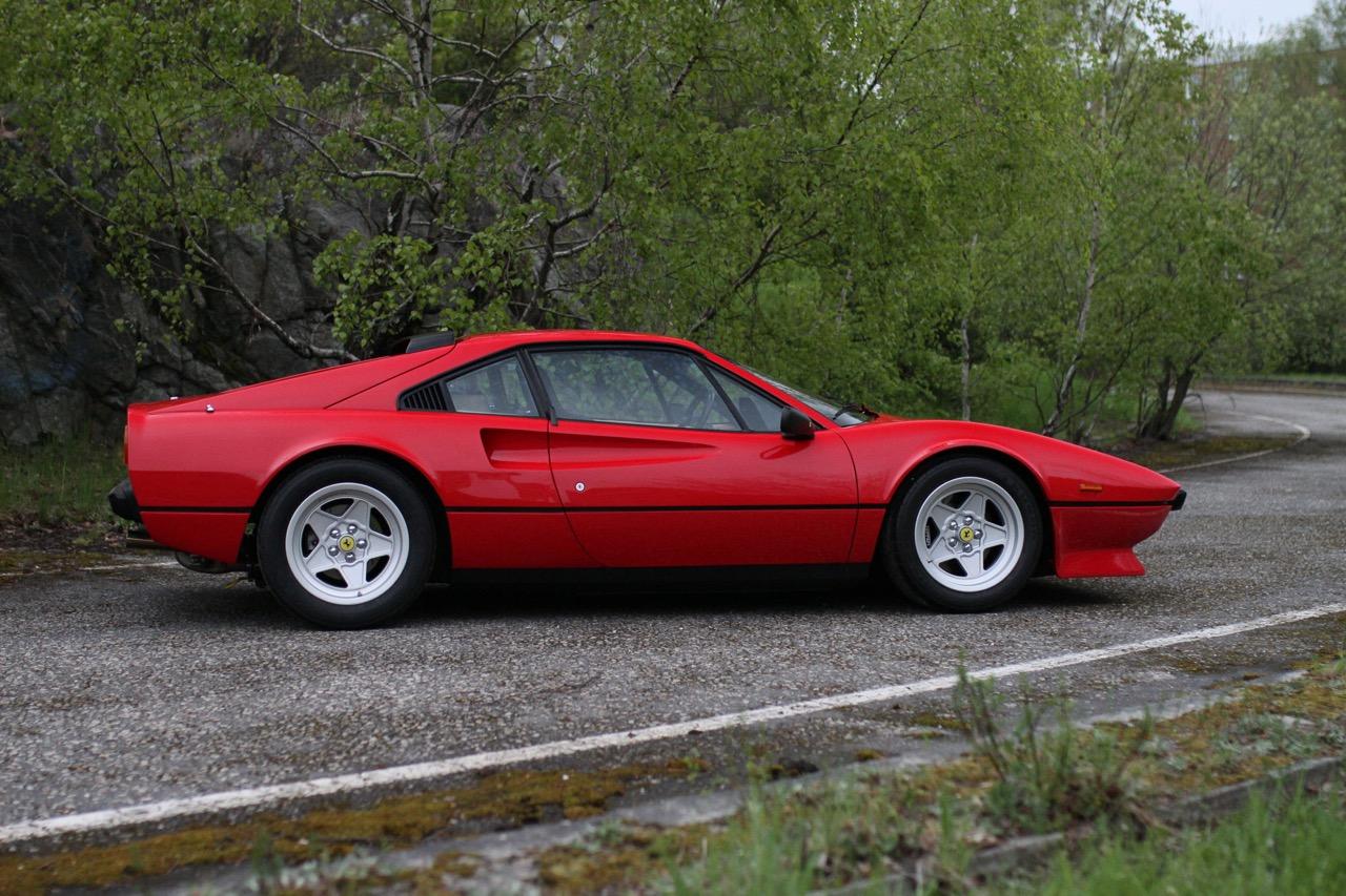 '84 Ferrari 308 GTB QV... Quelques détails qui changent tout ! 3