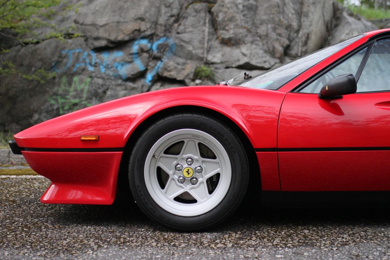 '84 Ferrari 308 GTB QV... Quelques détails qui changent tout ! 8