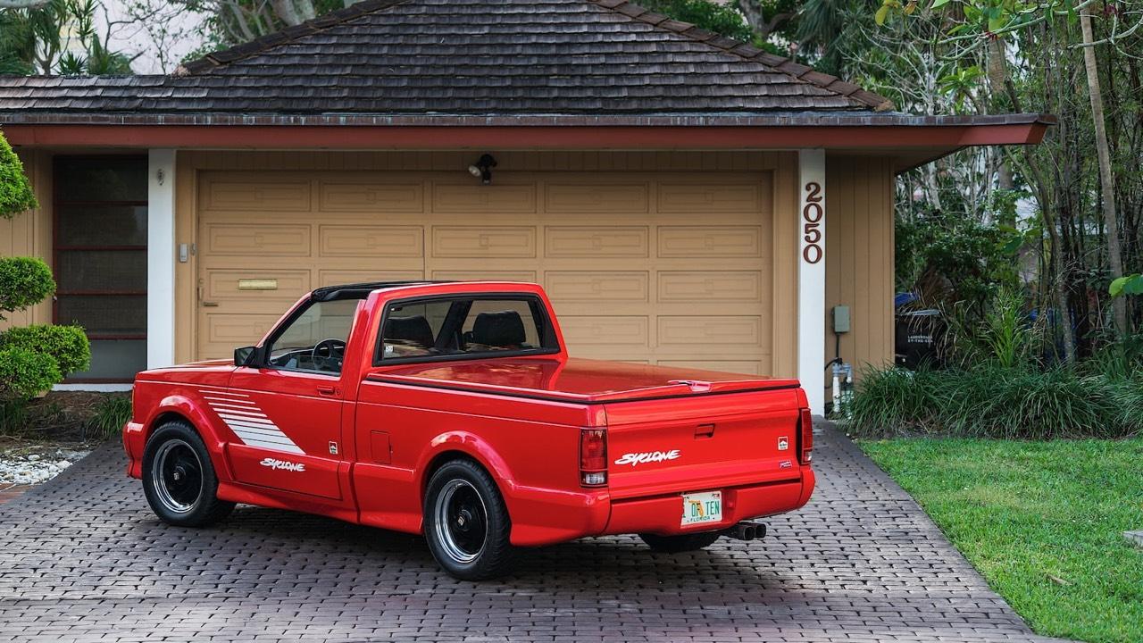 '91 GMC Syclone Marlboro... Pour fumer tout c'qui roule ! 7