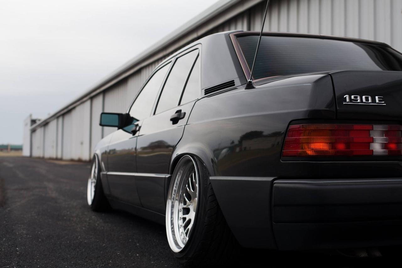 Mercedes 190... Clean & Class ! 5