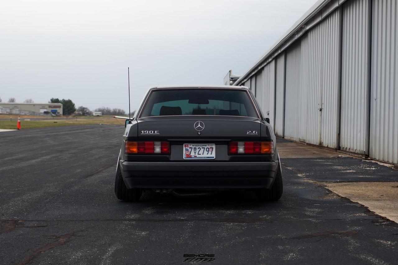 Mercedes 190... Clean & Class ! 3