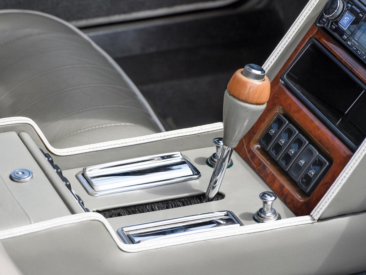 Aston Martin Lagonda Shooting Brake - One shot ! 3