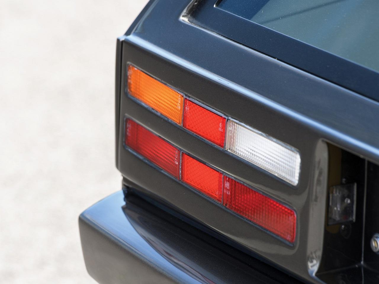 Aston Martin Lagonda Shooting Brake - One shot ! 20