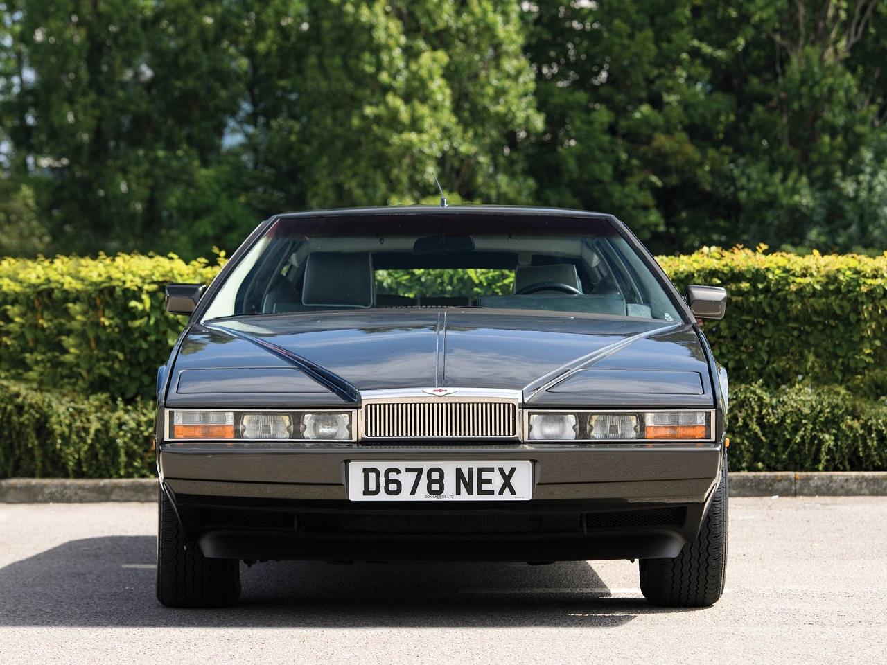 Aston Martin Lagonda Shooting Brake - One shot ! 21