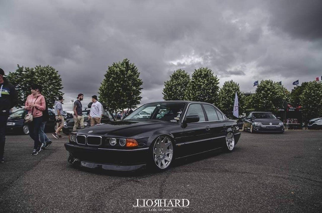 La BMW 728i de Max - E38 (encore) poséééee ! 2