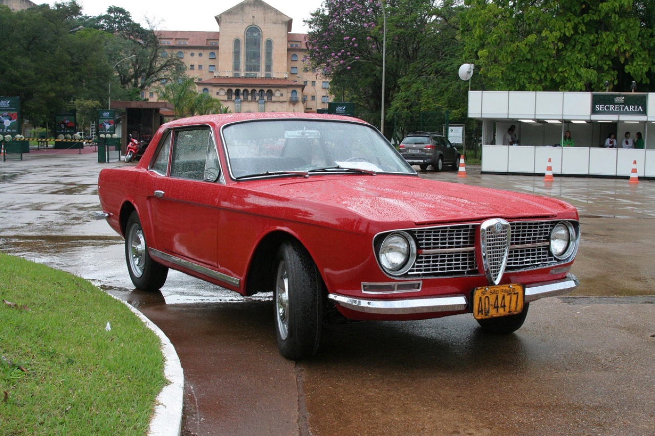 FNM Onca : Ford GTV ou Alfa Mustang ?! 11