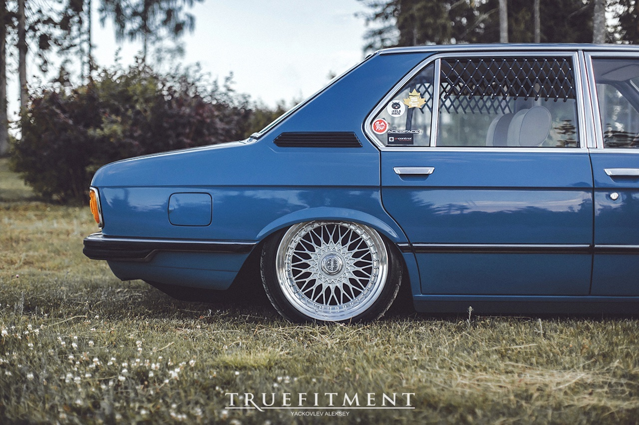 '81 BMW 518i E12 - Juste comme il faut ! 4
