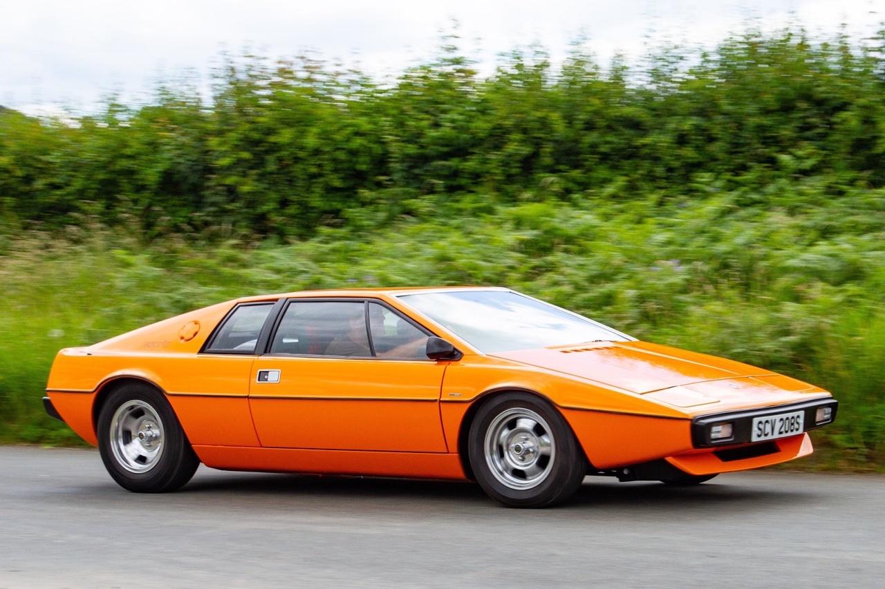 Lotus Esprit - De la S1 à la V8... 5