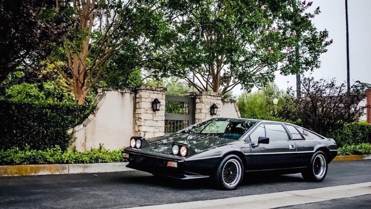 Lotus Esprit - De la S1 à la V8... 13
