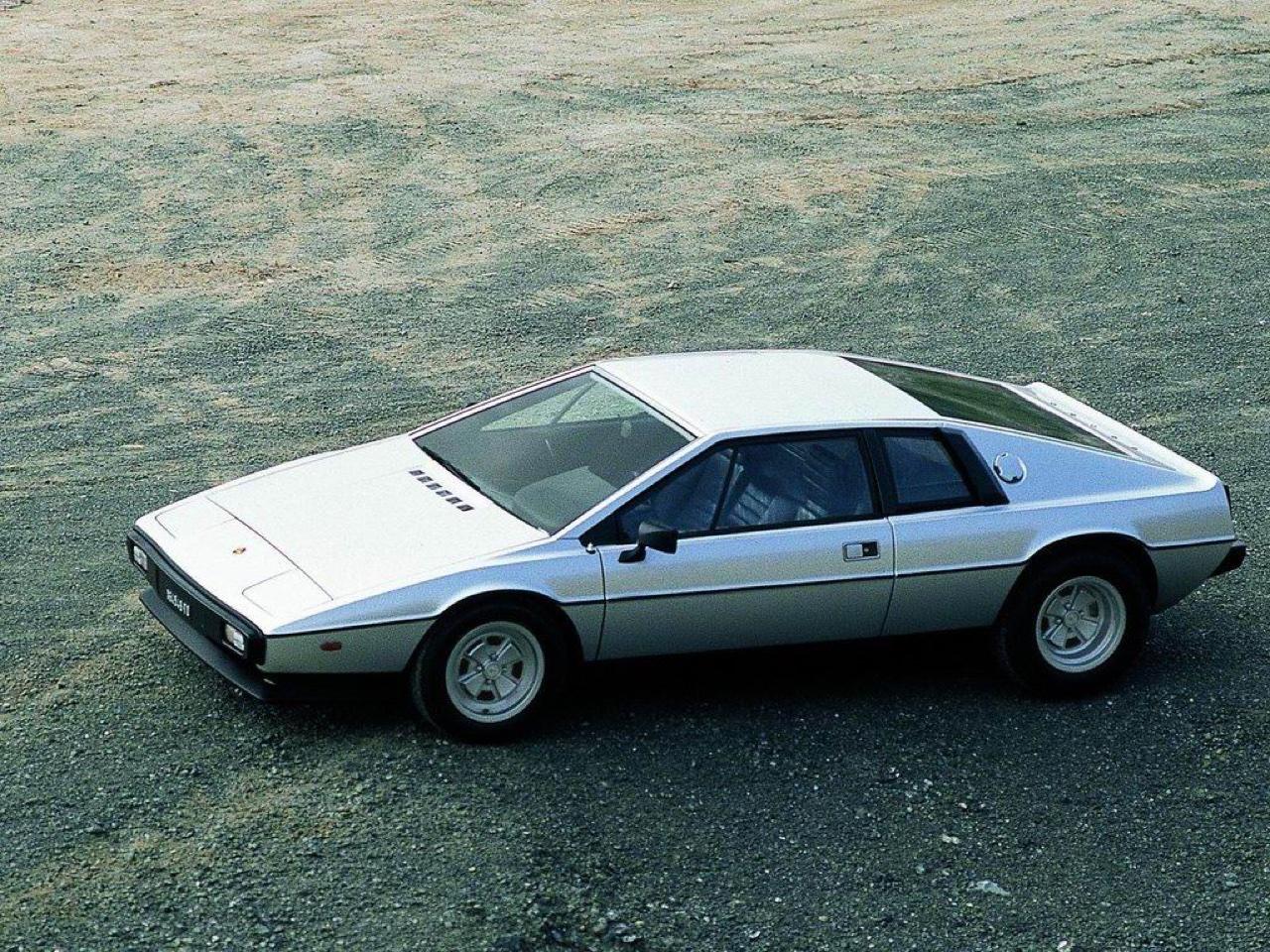 Lotus Esprit - De la S1 à la V8... 18