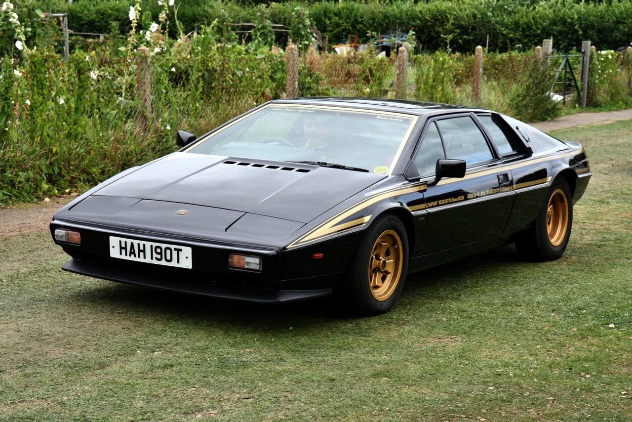 Lotus Esprit - De la S1 à la V8... 20