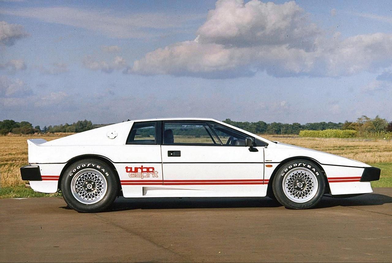 Lotus Esprit - De la S1 à la V8... 23