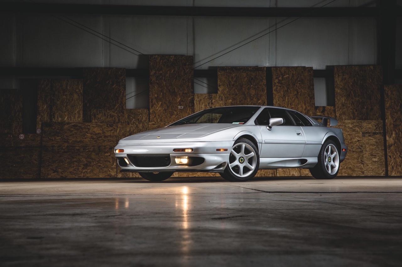Lotus Esprit - De la S1 à la V8... 34