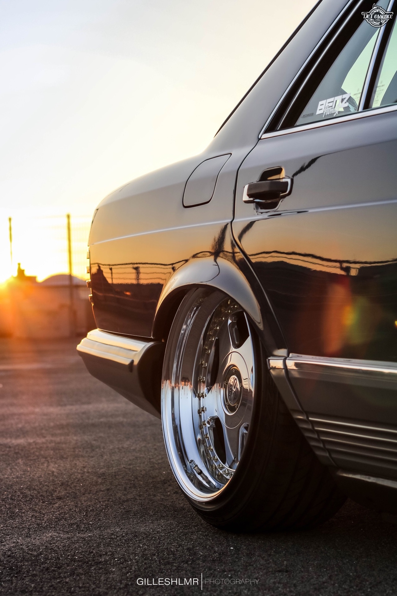 Bagged Mercedes 280 SE - Eighties on Air ! 11