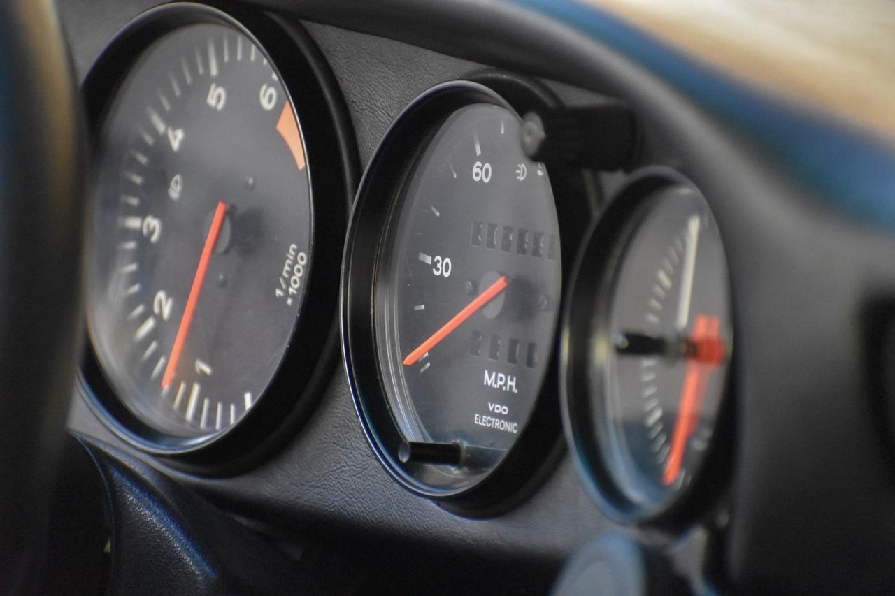 '78 Porsche 911 SC 3.0... Outlaw school ! 13