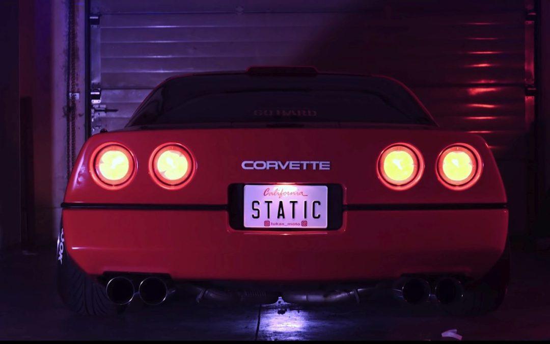 Chevrolet Corvette C4 1987 Stance – Ambiance Retrowave !