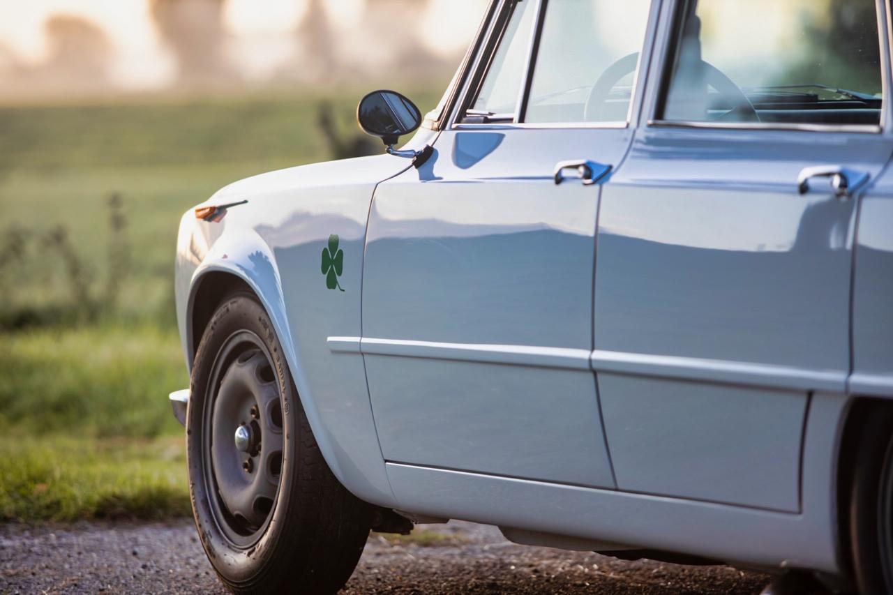 '71 Alfa Romeo Giulia 1300 Super... Enfin, Restomod 2100 Super plutôt ! 60