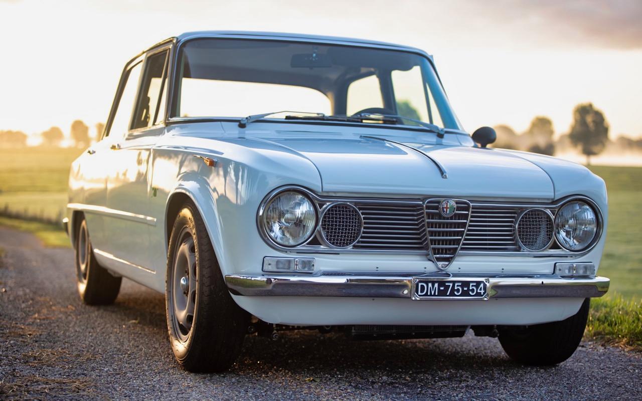'71 Alfa Romeo Giulia 1300 Super... Enfin, Restomod 2100 Super plutôt ! 48
