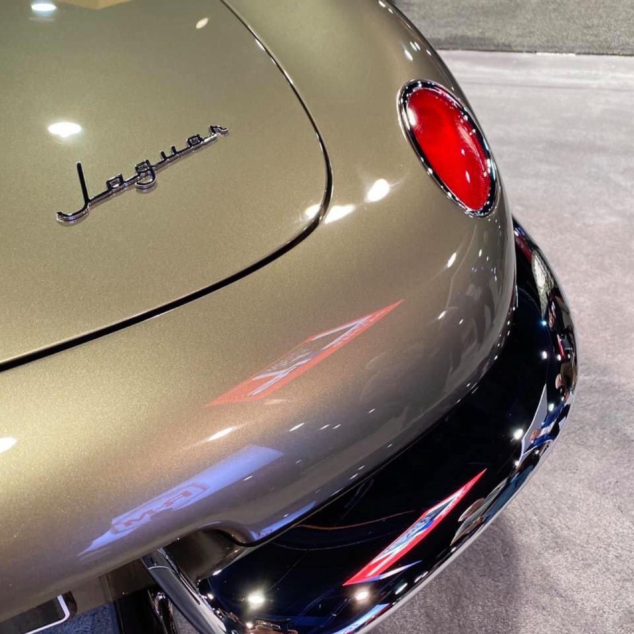 #SEMA 2019 : Jaguar Type E par Chip Foose 8