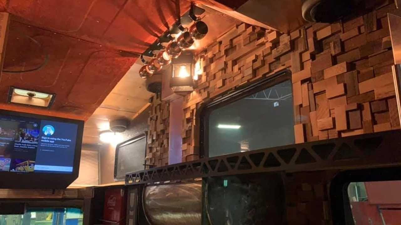 #SEMA 2019 : Brown Sugar Camper - Le camping Chevy C20 version lowww... 3