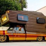 #SEMA 2019 : Brown Sugar Camper - Le camping Chevy C20 version lowww...