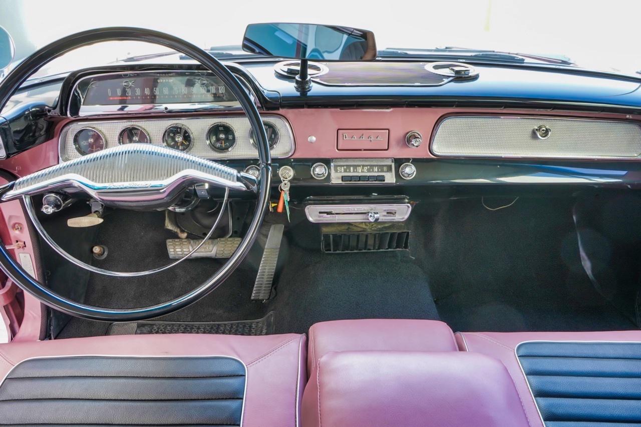 '58 Dodge Suburban Spectator... Du custom d'origine. 12