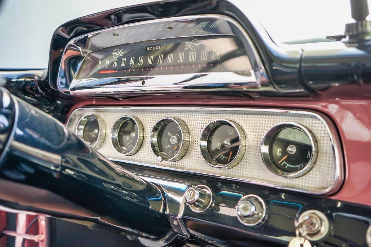 '58 Dodge Suburban Spectator... Du custom d'origine. 10