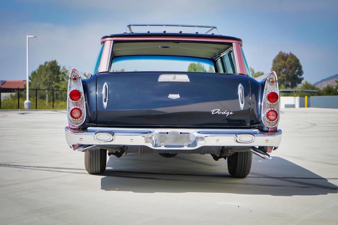 '58 Dodge Suburban Spectator... Du custom d'origine. 4