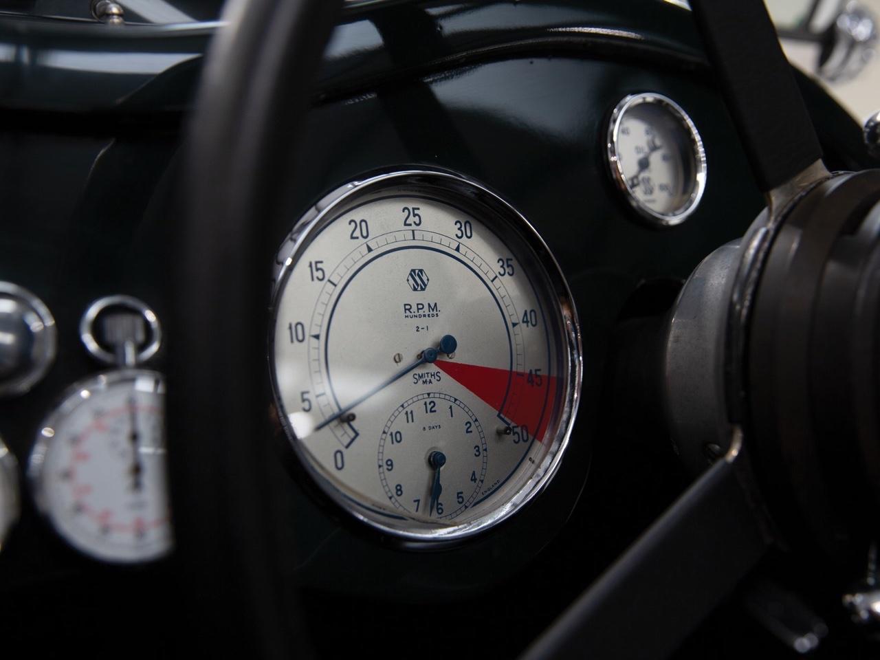 Jaguar SS 100... Parce qu'il y a un début à tout. 12