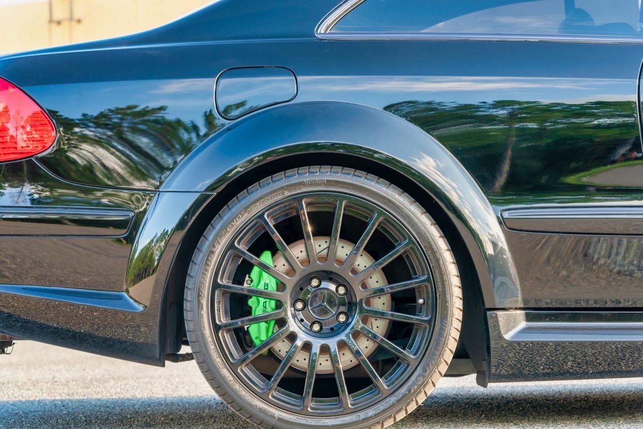 Mercedes CLK 63 AMG Black Series - Enervée ! 7