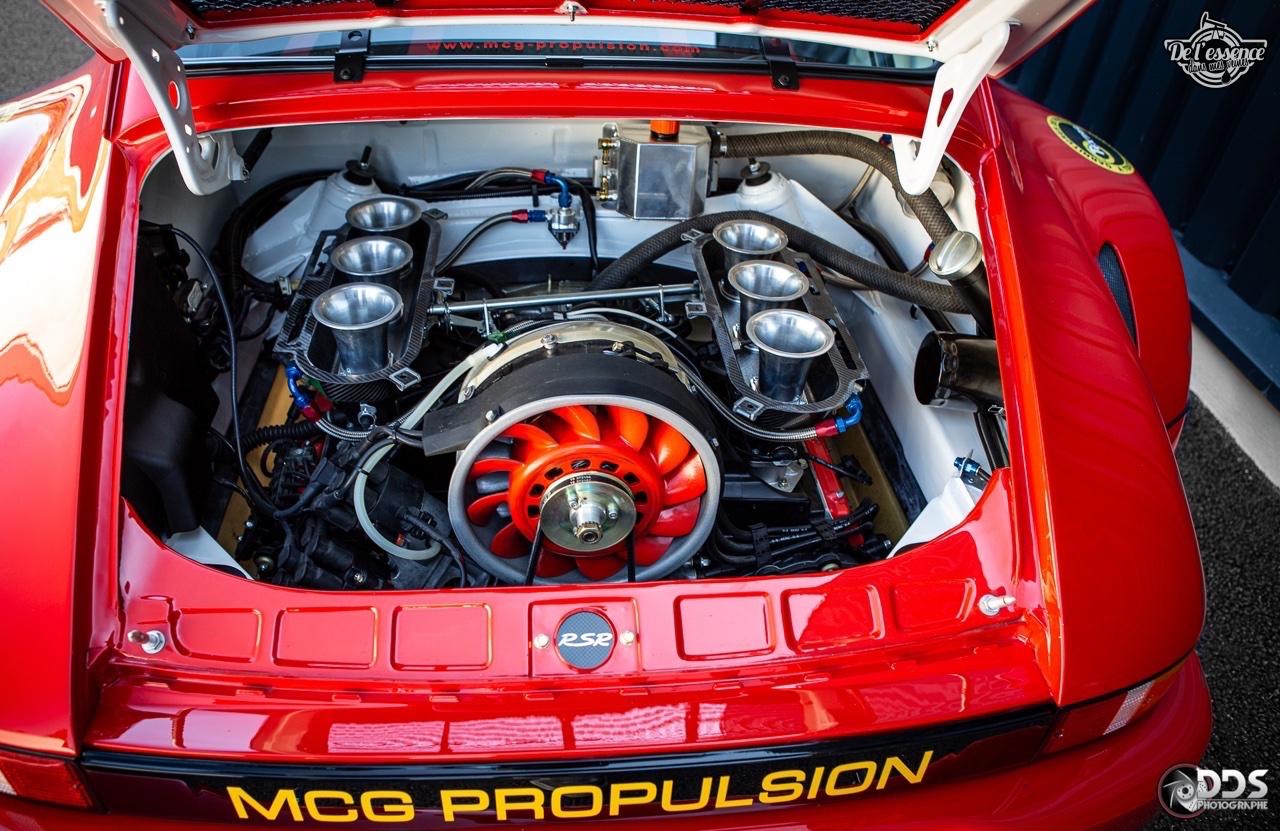 Porsche 911 RSR - 50% restomod, 50% course, 100% MCG Propulsion 23