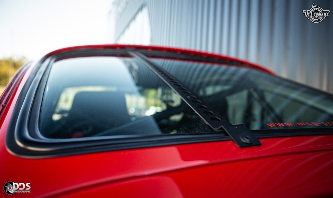 Porsche 911 RSR - 50% restomod, 50% course, 100% MCG Propulsion 18
