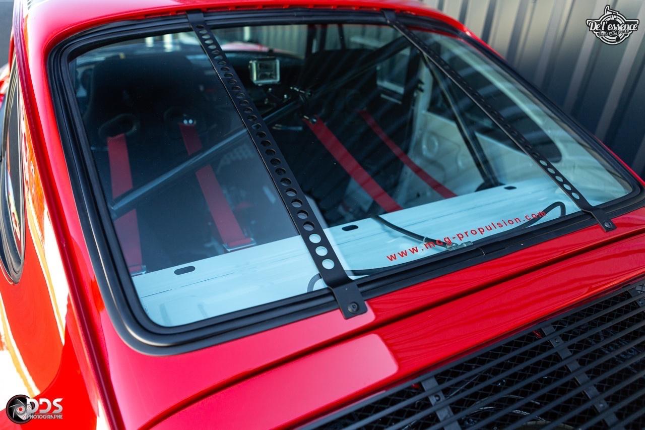 Porsche 911 RSR - 50% restomod, 50% course, 100% MCG Propulsion 17