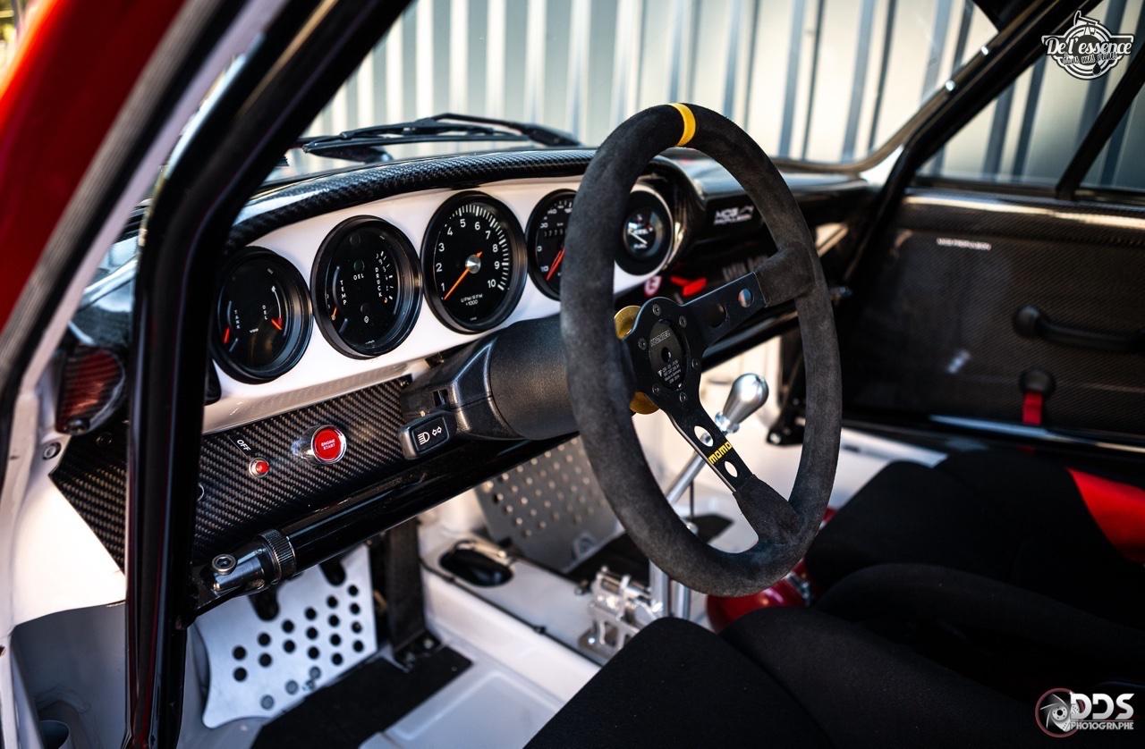 Porsche 911 RSR - 50% restomod, 50% course, 100% MCG Propulsion 40