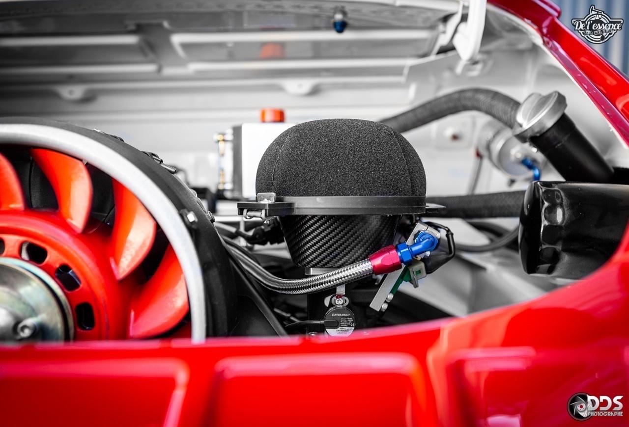 Porsche 911 RSR - 50% restomod, 50% course, 100% MCG Propulsion 24