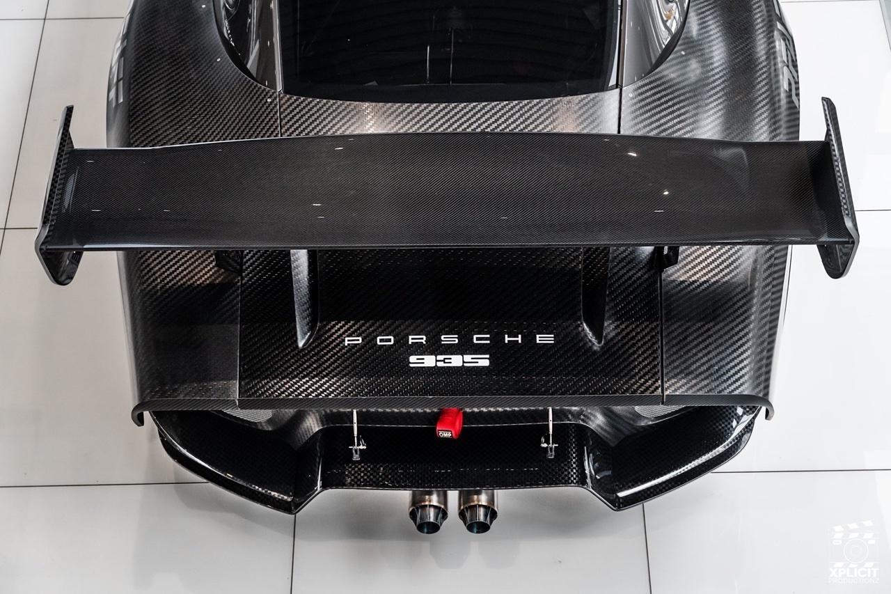 Porsche 935... Full carbone ! 21
