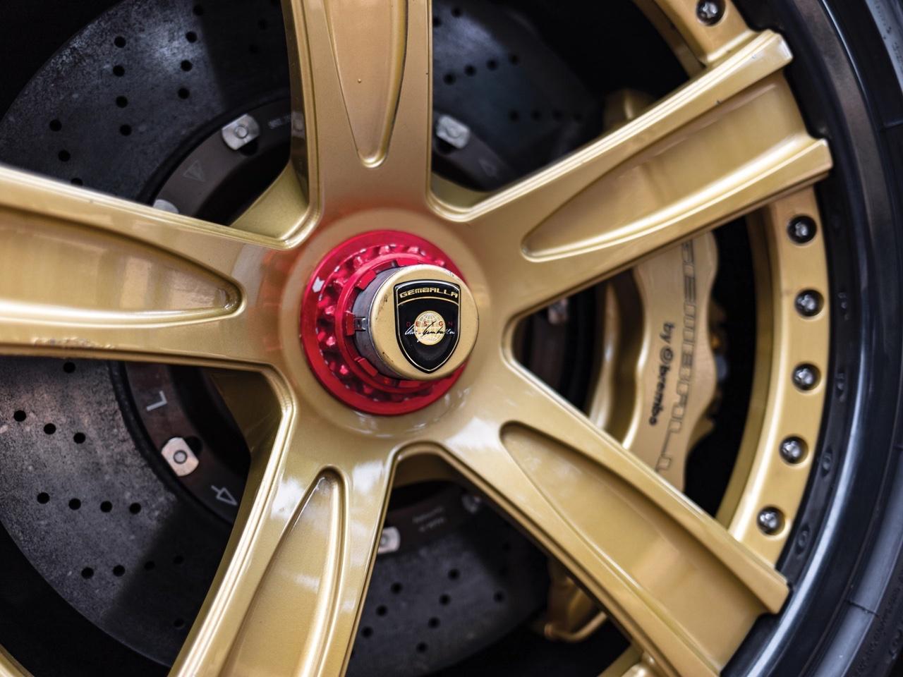Porsche Carrera GT -> Gemballa Mirage GT Gold Edition : La caisse à Samuel ! 12