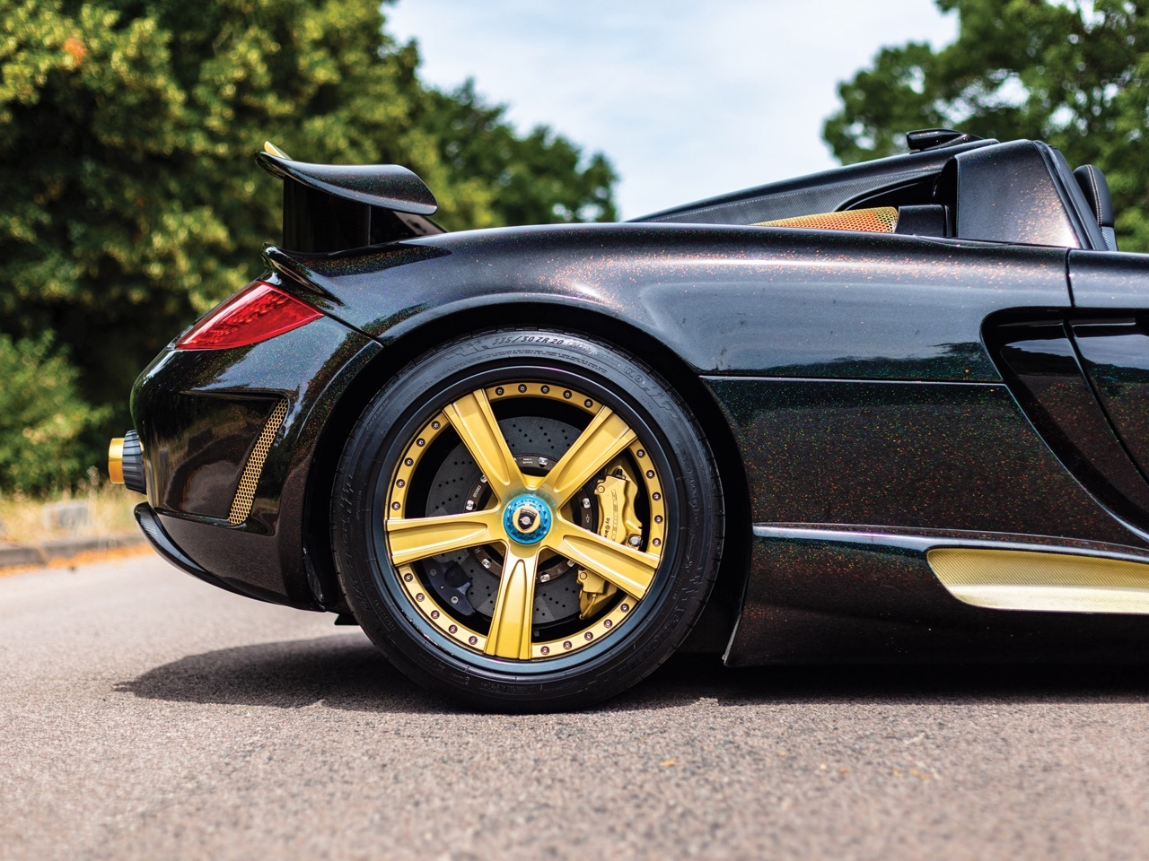 Porsche Carrera GT -> Gemballa Mirage GT Gold Edition : La caisse à Samuel ! 13