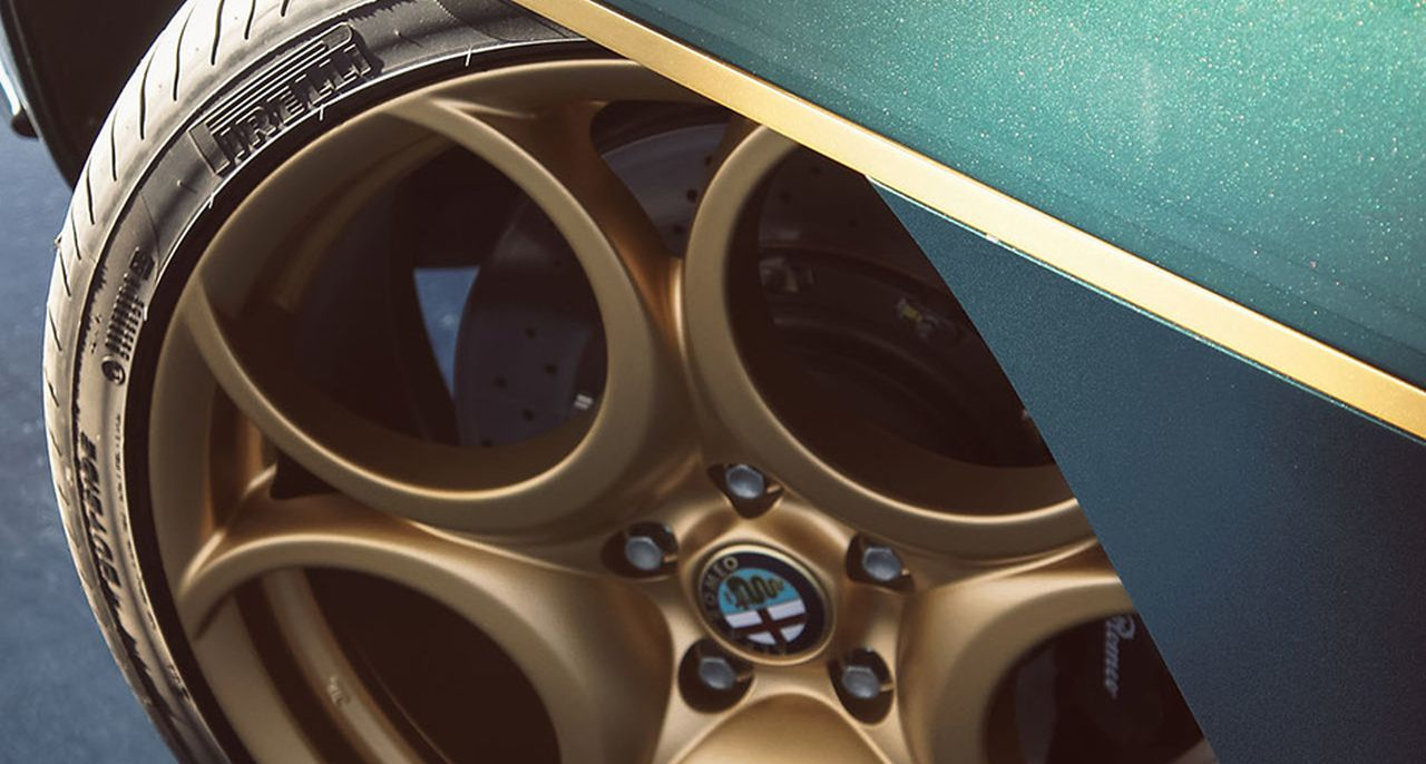 Touring Superleggera Disco Volante - L'Alfa 8C version Miss Univers ! 10