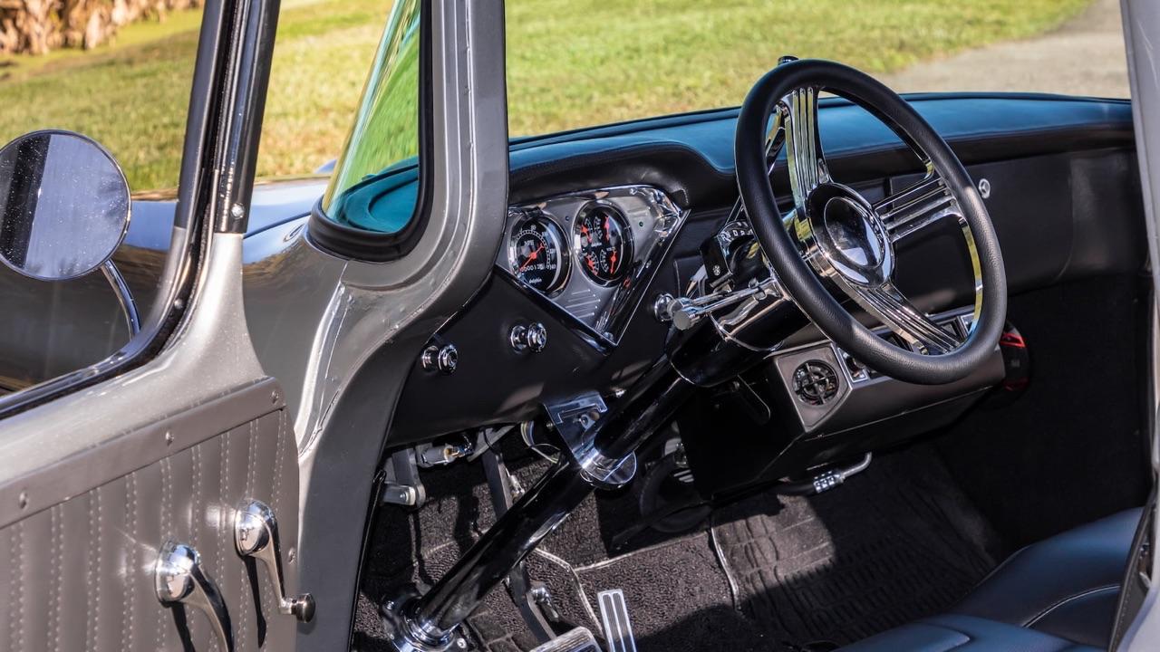 '59 Chevy Apache Custom - La classe en utilitaire ! 8