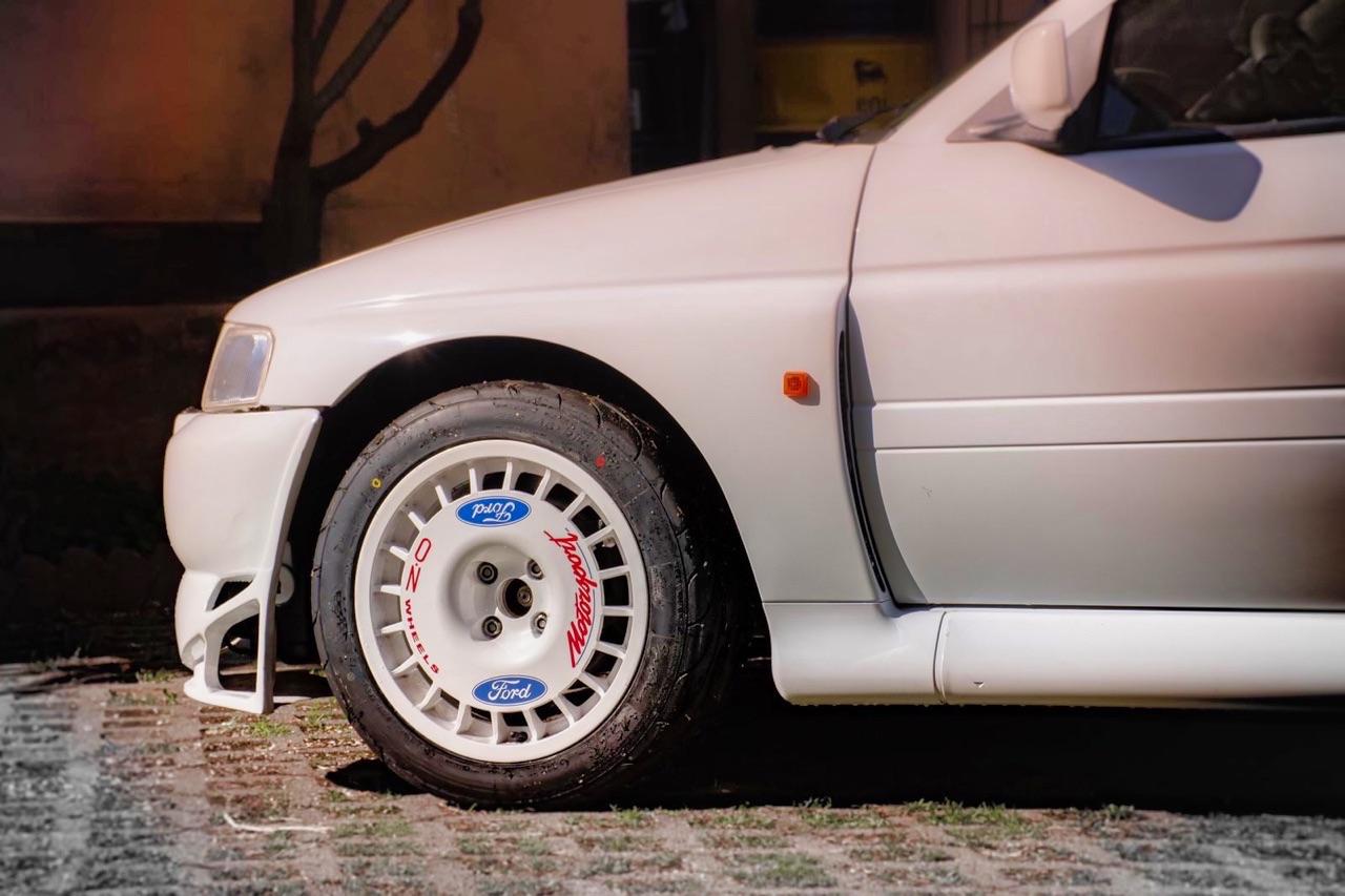 '92 Escort Cosworth... Rally ADN 3