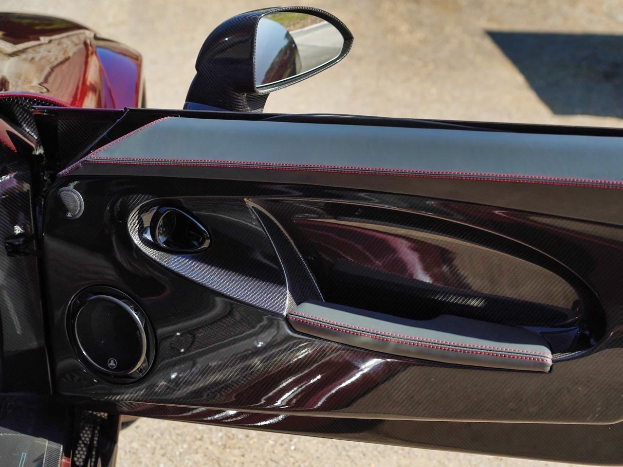 Noble M600 CarbonSport - Va y avoir du carbone et du... sport ! 4