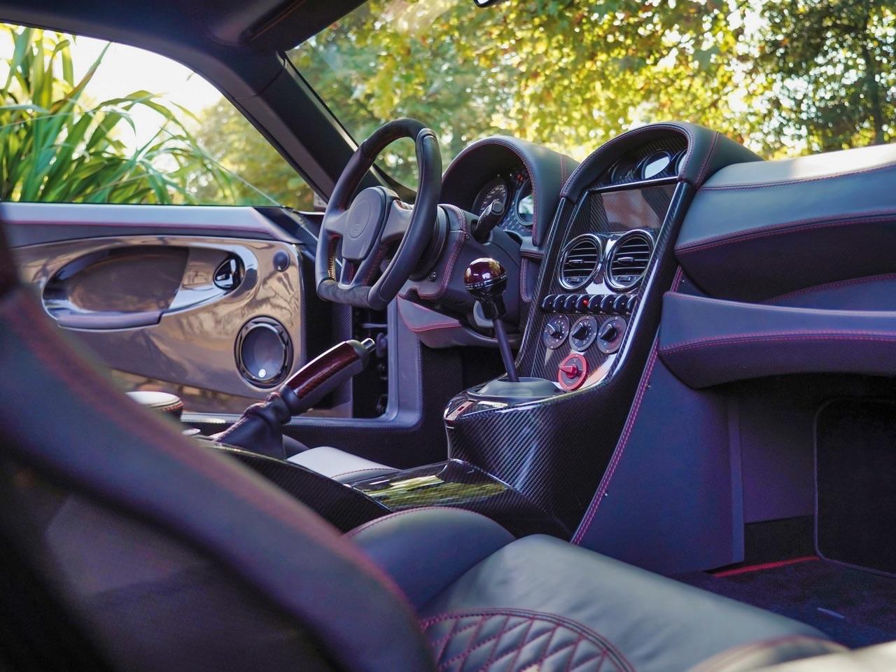 Noble M600 CarbonSport - Va y avoir du carbone et du... sport ! 11