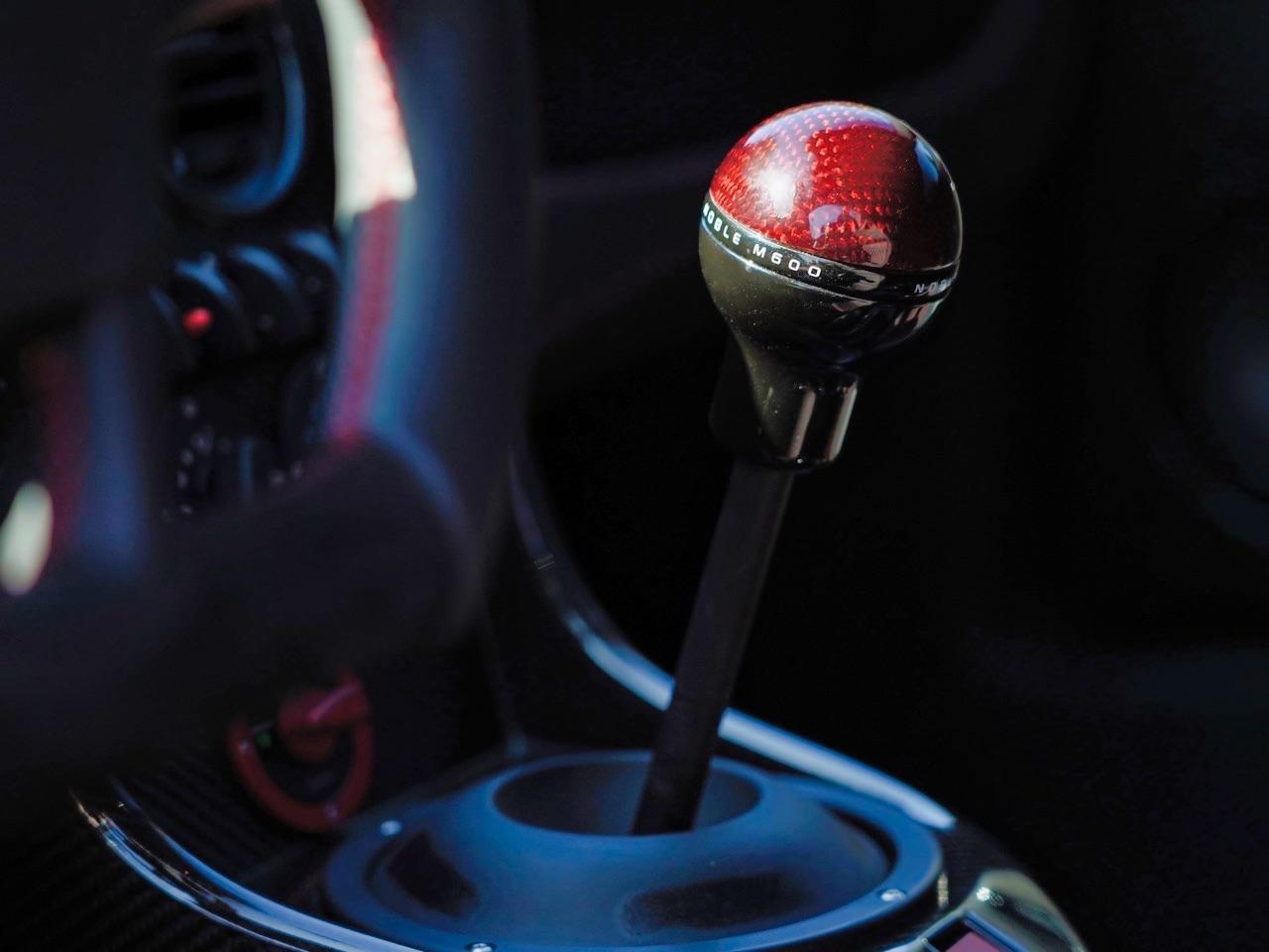 Noble M600 CarbonSport - Va y avoir du carbone et du... sport ! 3