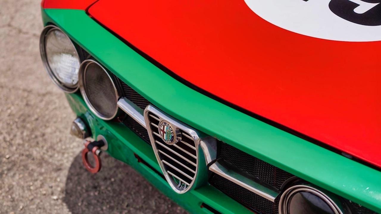 Alfa Romeo 2000 GTAm - En rouge et vert ! 4