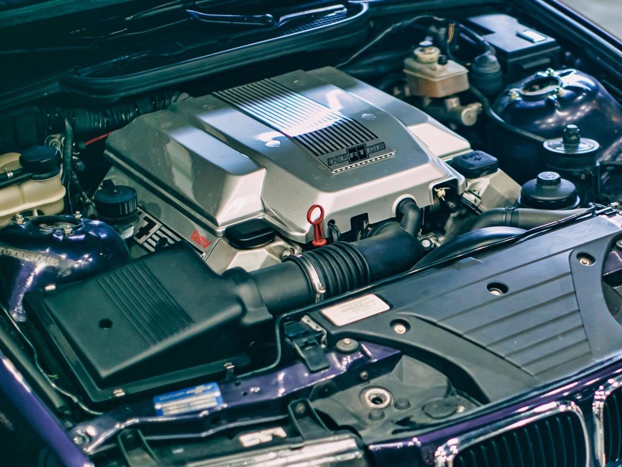 '97 BMW 347i Compact... V8 signé Hartge ! 7