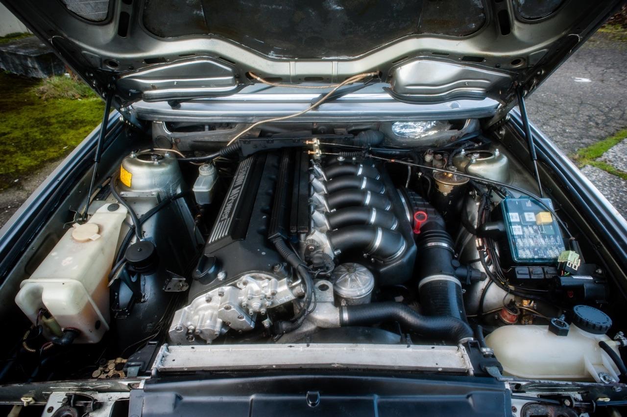 BMW E28 M532i... Greffe d'organe ! 38