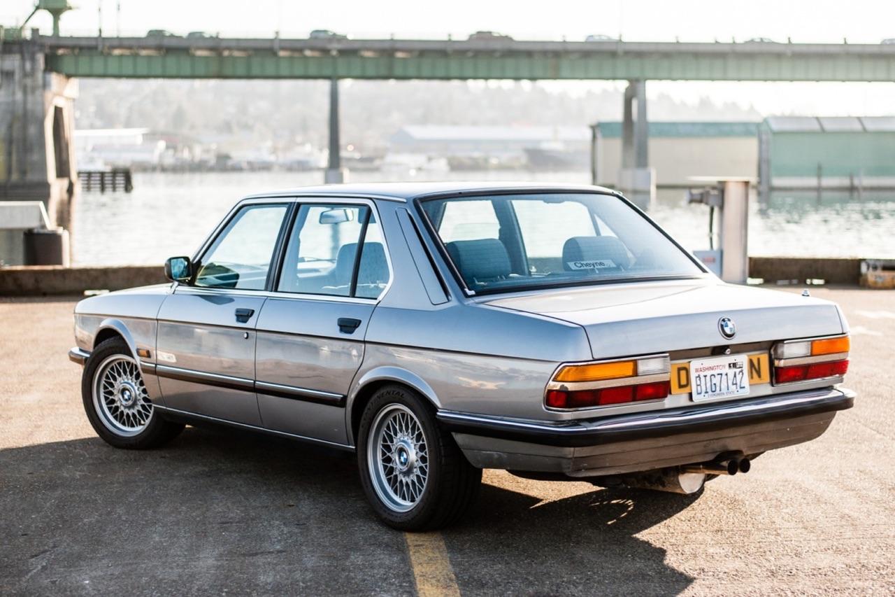 BMW E28 M532i... Greffe d'organe ! 33