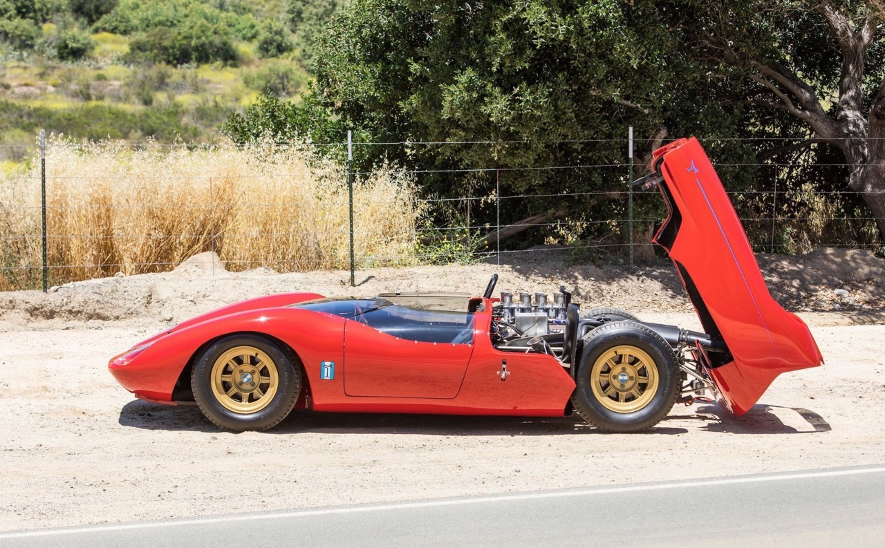 '65 De Tomaso P70... Just one ! 10