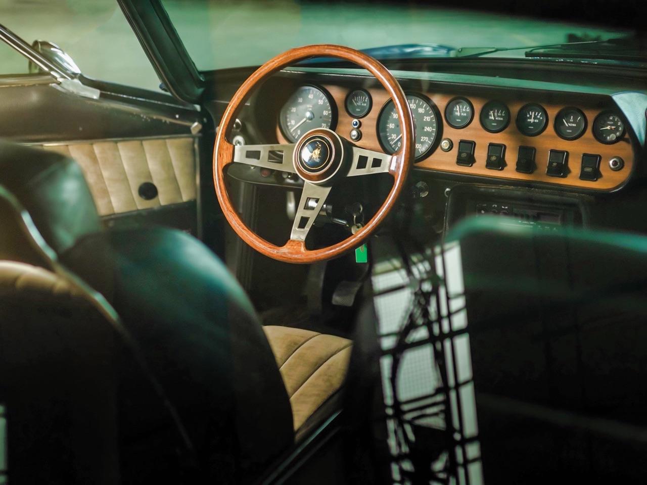 Lamborghini Islero 400 GTS - Timide et complexée... 49